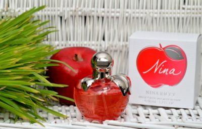 Духи с ароматом яблока